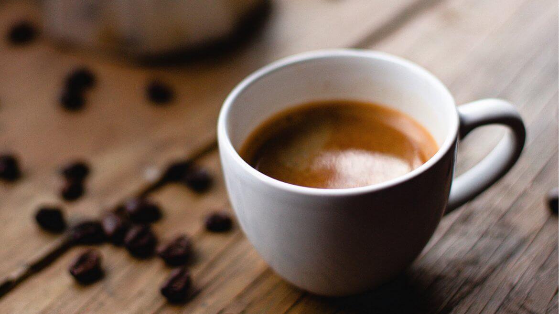 Blogpostespresso lungo und schwarzer kaffee